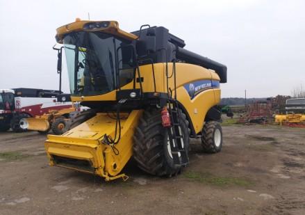New Holland CX6080 lietots kombains
